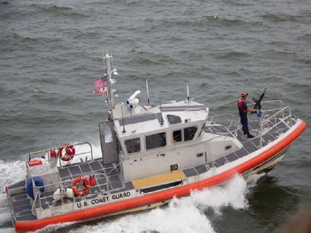 Kusträddare på båt